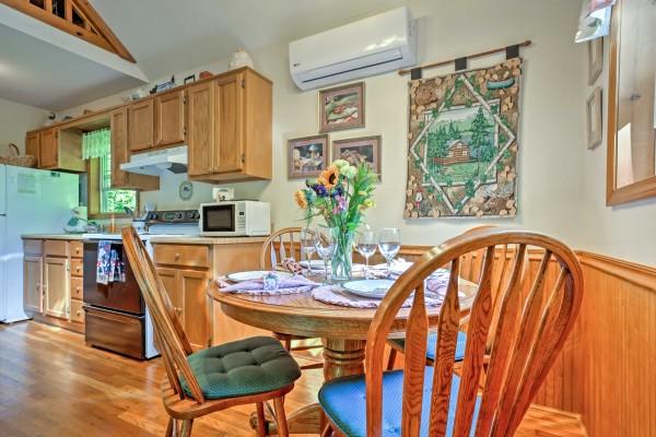 Cabin Rental Honeymoon cabin